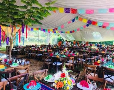 La noche más mexicana en Las Estacas